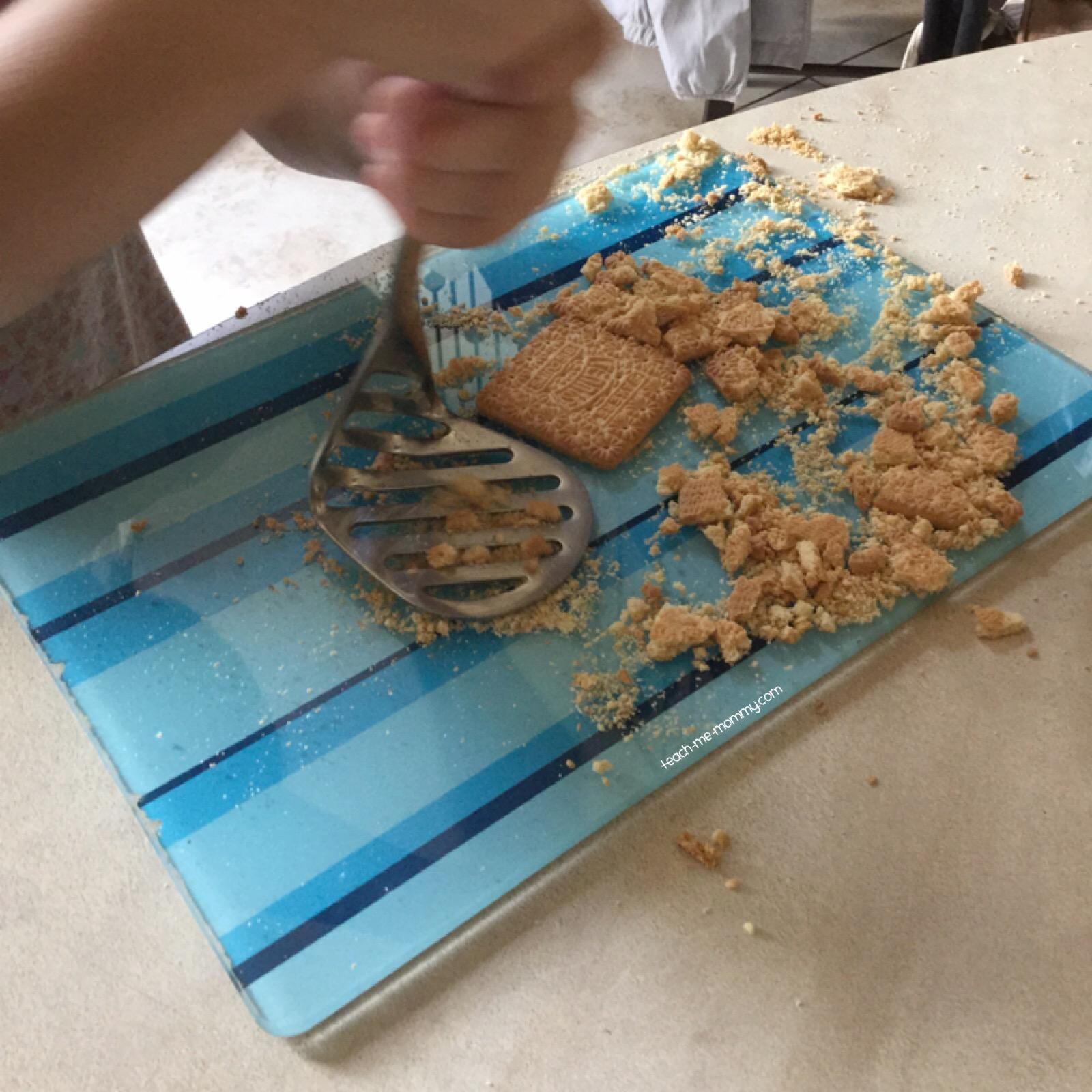 cookie crumbling